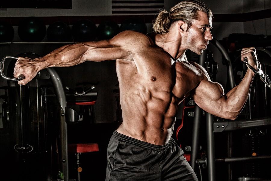 Craig Capurso Fitness Expo Dubai